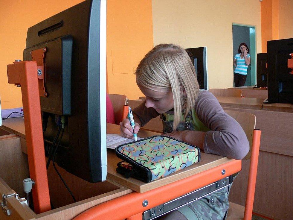Základní a mateřská škola Melantrichova se pyšní novými počitáčovými učebnami