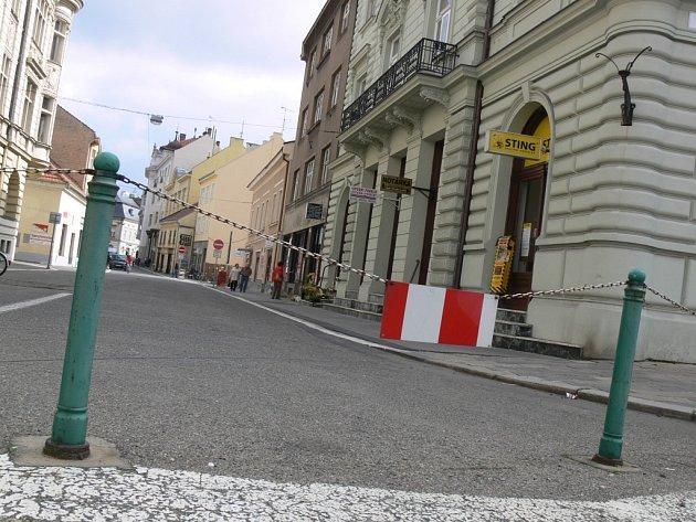 Uzavřená Kravařova ulice v Prostějově