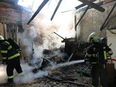 Požár stodoly v Bedihošti.
