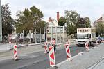 Ve dvou páteřních prostějovských ulicích probíhájí stavební práce a řidiči jsou na průjezdnosti omezeni.