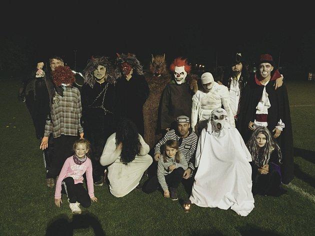 Halloweenská fotbalová stezka v Čechovicích