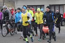 Drahanský kopec mezi Žárovicemi a Drahany vyzvali už po jedenácté na souboj sportovci. Pěšky i na kole překonali na Štědrý den dopoledne devět kilometrů dlouhou trasu a 300 metrů převýšení.