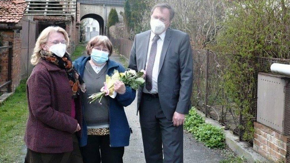 K pětasedmdesátinám obdržela dáma z Konicka místo blahopřání kondolenci.