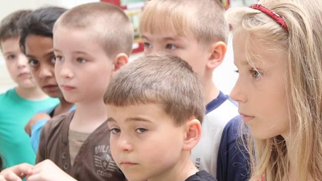 Děti ze ZŠ Dr. Horáka v prostějovském muzeu