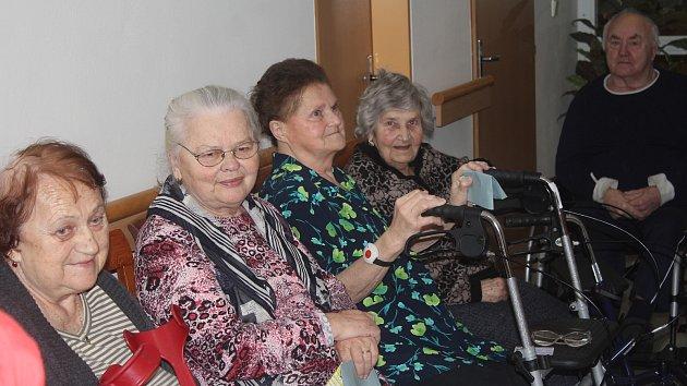Prezidentské volby v domově seniorů v Soběsukách