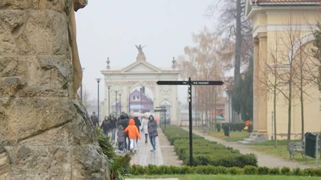 Dušičky na Městském hřbitově v Prostějově
