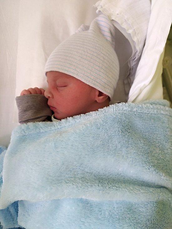 Robin Cícha, Všechovice, narozen 4. června 2021 v Přerově, míra 52 cm, váha 3660 g