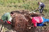 Brontosauři v Drahanech chystali Slavnosti ohně, zrodil se Archeopark