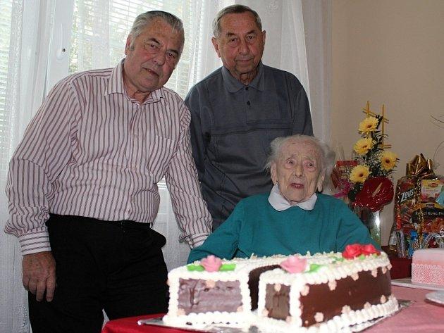 Ludmila Smékalová se syny Lubomírem a Miroslavem