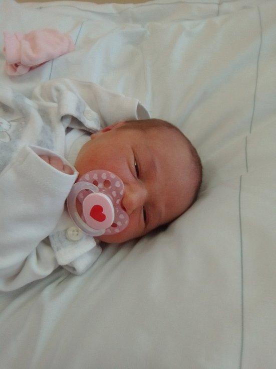 Monika Rygalová, Rokytnice, narozena 17. listopadu 2020 v Přerově, míra 50 cm, váha 3322 g
