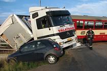 Ke srážce došlo na poměrně přehledném úseku železniční trati.