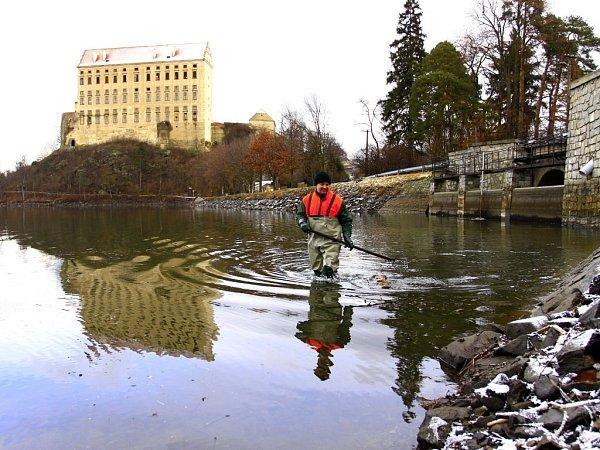 Revitalizace Podhradského rybníka vPlumlově - únor 2013