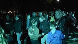 Dvojkoncert kapel Respekt a Kokeno uzavřel letošní léto U Rockyho.