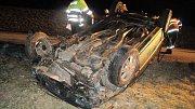 Následky dopravní nehody u Hluchova