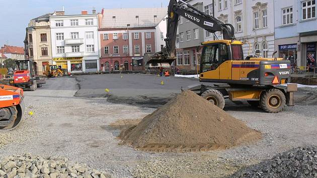 Rekonstrukce náměstí E. Husserla