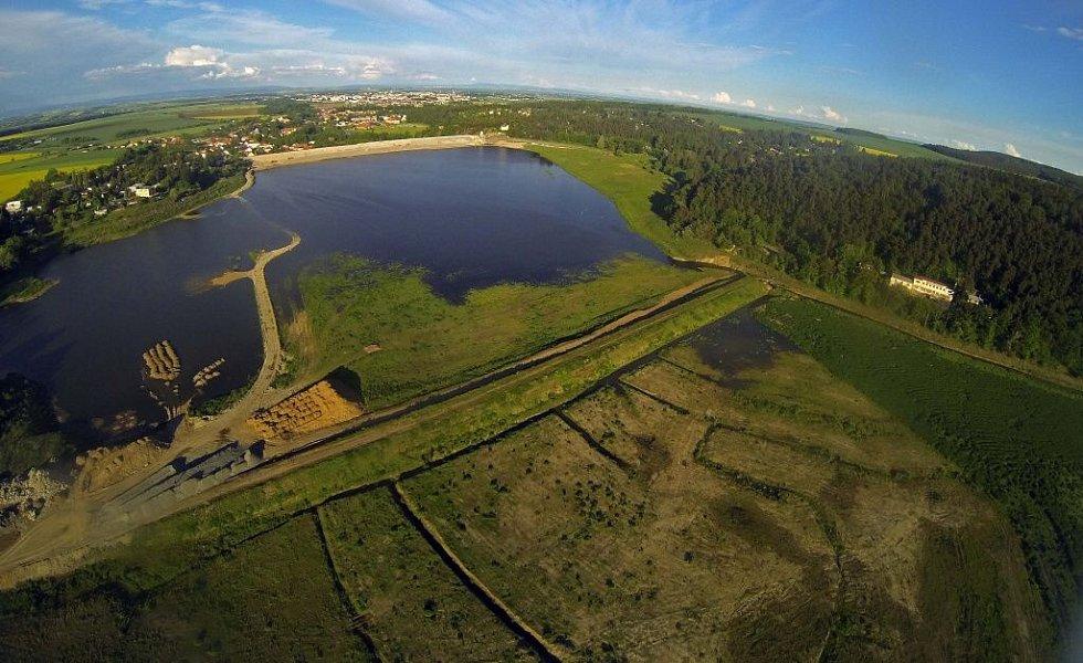 Plumlovská přehrada z výšky. 20.5.2013