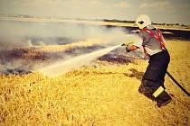 Požár pole v Hrdibořicích
