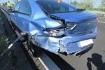 Srážka tří auta na D46 u Olšan