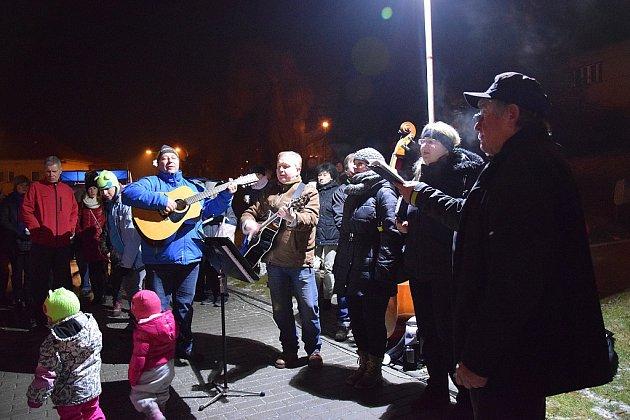 Česko zpívá koledy vKostelci na Hané 2016