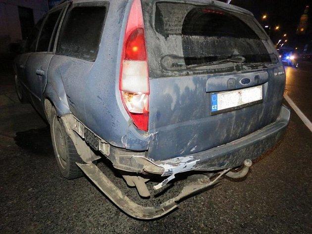 Následky nehody vPlumlovské ulici vProstějově