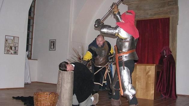Z nočních prohlídek na plumlovském zámku