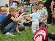 Letečtí nadšenci ze Stichovic připravili pro děti z širokého okolí spoustu zábavy.
