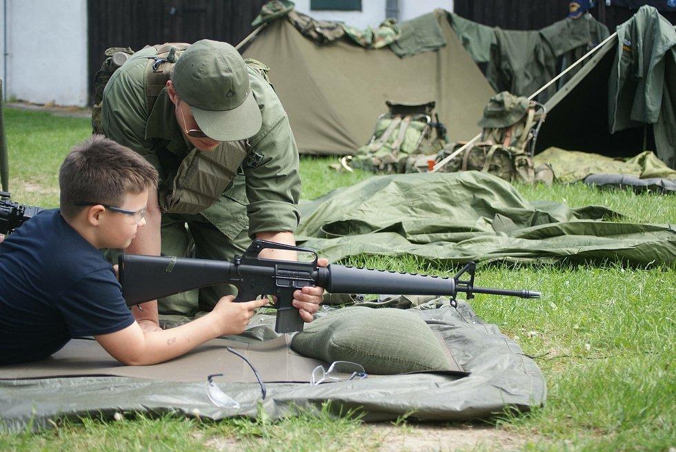 Dětský den s vojáky na plumlovském zámku - 5. 6. 2021