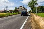 Nová silnice mezi Ptením a Holubicemi