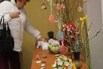 Hasiči v Mořicích připravili velikonoční prodejní výstavu