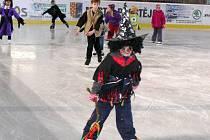Rej čarodějnicučinil symbolickou tečku za bruslařskou sezonou na ledě zimního stadionu v Prostějově