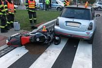 Nehoda mladého motocyklisty v prostějovské ulici Sádky