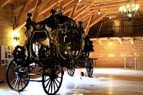 Největší smuteční kočár na světě z plzeňské dílny Brožík a syn