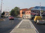 Zrekonstruovaná silnice a přejezd v Olomoucké ulici v Prostějově