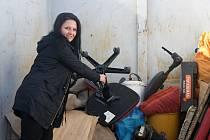 Město Plumlov a jeho obyvatelé se s gustem letos zapojují do víkendové akce Ukliďme Česko. Velkoobjemové kontejnery stojí na několika stanovištích po celém městě a už se začínají plnit. 26. 3. 2021