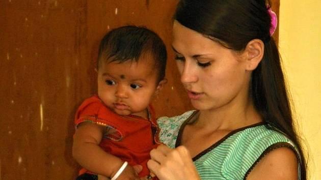 Monika Jurníková z Čech pod Kosířem učila v Indii chudé děti