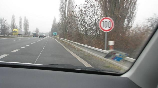 Na R46 v okolí Prostějova platí stovka