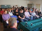 Setkání prostějovských radních s obyvateli Žešova