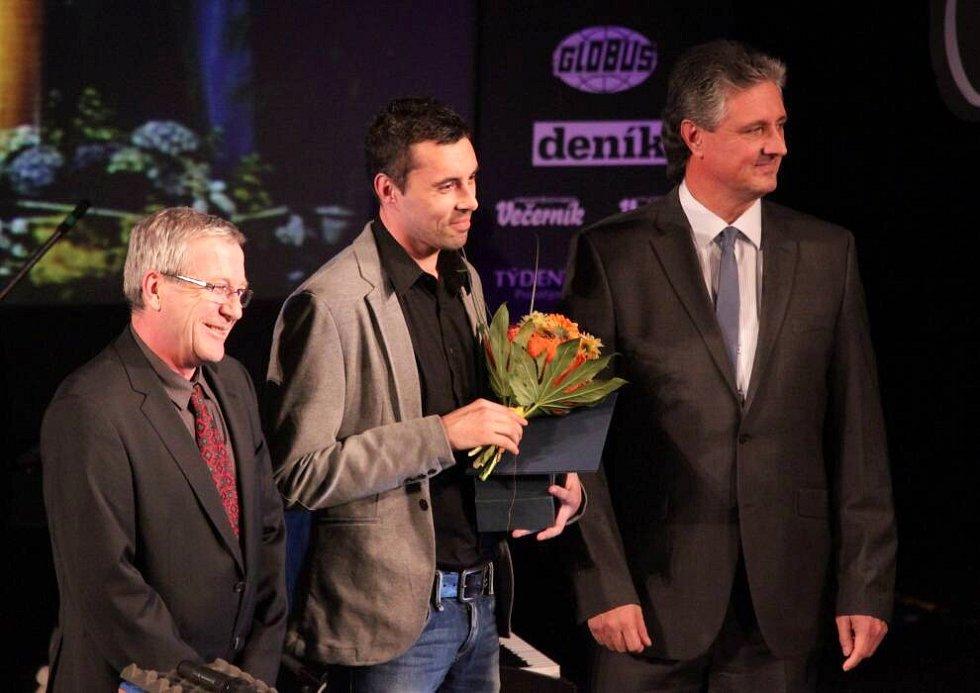 Předávání cen Sportovec Olomouckého kraje 2012. uprostřed Michal Ordoš, útočník Sigmy Olomouc