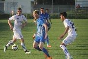 Fotbalisté Prostějova (v modrém) doma podlehli Líšni 2:6