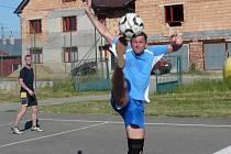 Nohejbalový turnaj ve Vícově