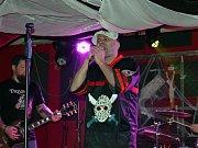 Pátý ročník Hororového plesu Klementova lazaretu v prostějovském hudebním klubu Apollo 13