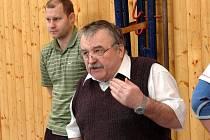 Kostelecký trenér Jan Hándl