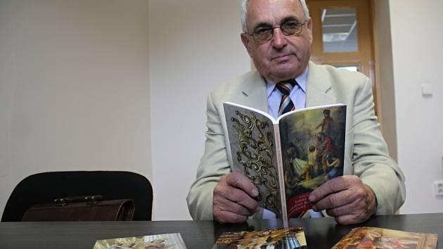 Historik Karel Kavička napsal publikaci o vrahovickém kostele svatého Bartoloměje