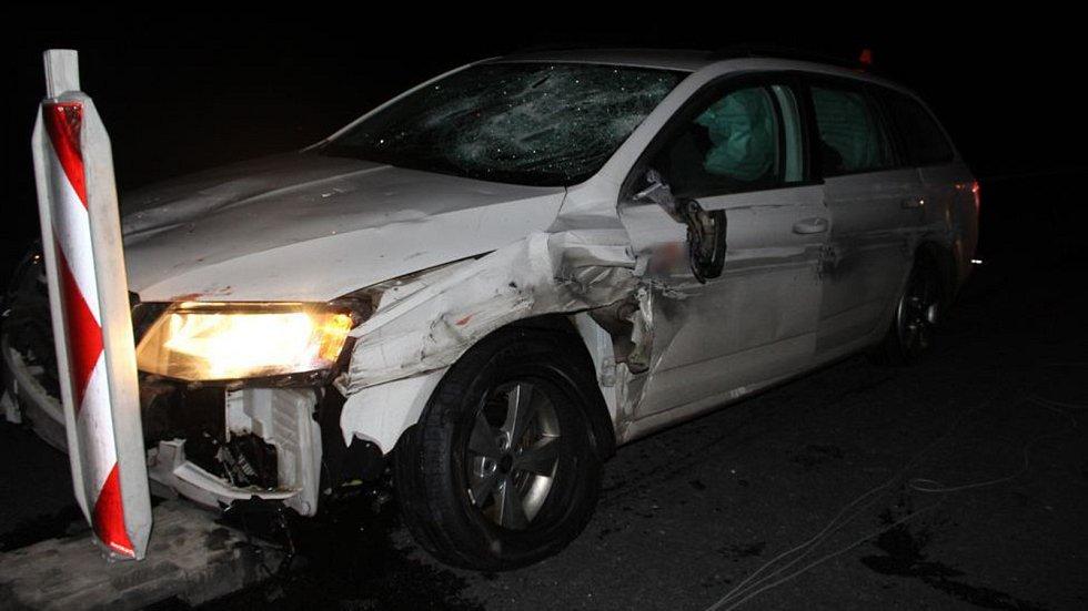 Nehoda opilého řidiče octavie na D46 u Olšan