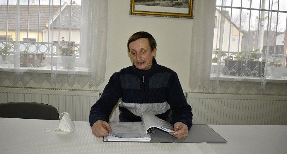Starostou Stínavy je už 25 let Pavel Bokůvka.