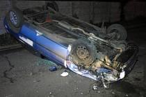 Nehoda šoféra felicie v Domamyslické ulici