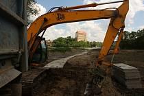 Budování mokřadu v přítokové části Podhradské rybníka v Plumlově