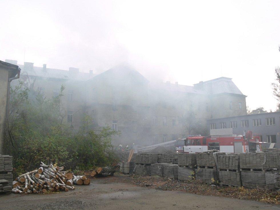 Cvičení IZS v Jezdecké ulici v Prostějově