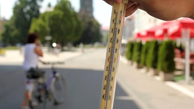Na čtyřicítku se teplota v Prostějově během pátku nedostala. Alespoň podle měření prostějovských redaktorů.