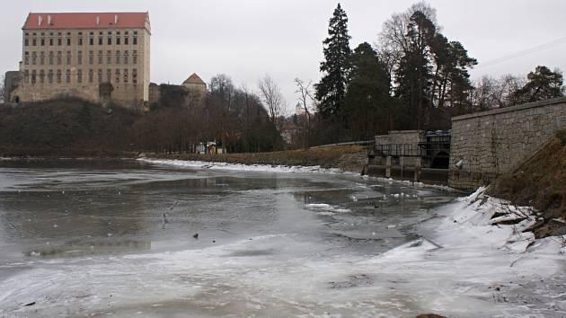 Podhradský rybník v Plumlově - 7. února 2014